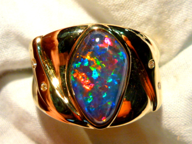 Mens Opal Ring 14ct Yellow Gold Free Form Natural Opal Triplet 15